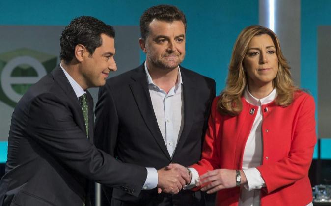 Los tres candidatos a la Junta de Andalucía, Juanma Moreno (PP,...