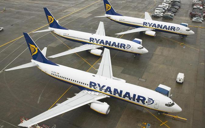 Aviones de Ryanair en el Aeropuerto de Pisa