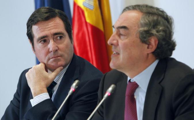 El presidente de CEOE, Juan Rosell y el presidente de Cepyme, Antonio...