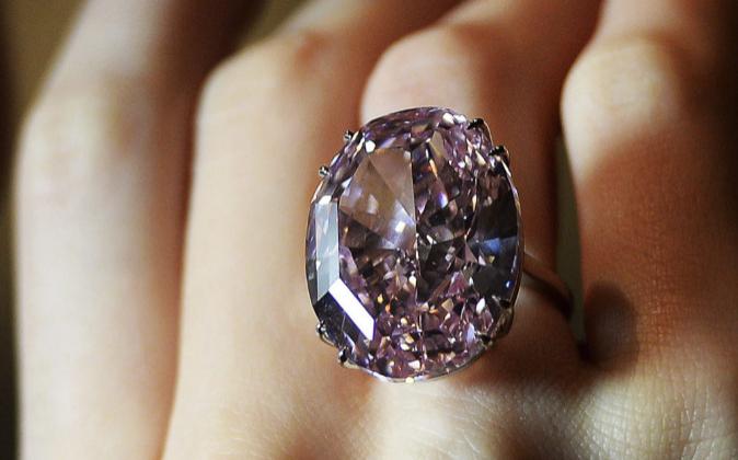 cfc03e700752 Cómo elegir el mejor anillo con diamantes