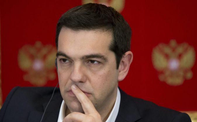 El primer ministro griego, Alexis Tsipras, tras su encuentro ayer con...