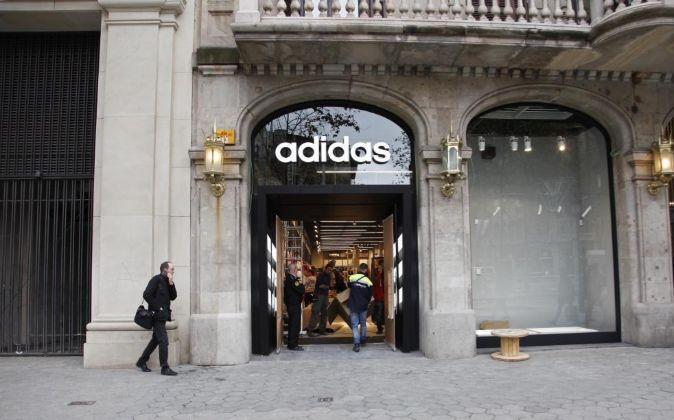 Adaptar Más lejano Rebaño  Los beneficios del grupo Adidas mejoran gracias a las marcas Adidas y Reebok