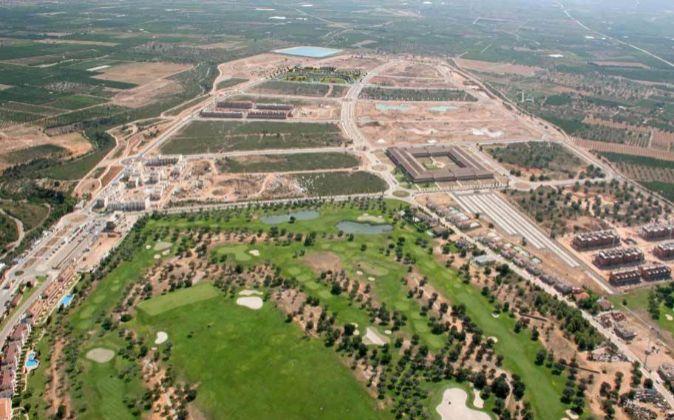 La primera fase y el campo de golf ya existente en Sant Jordi.
