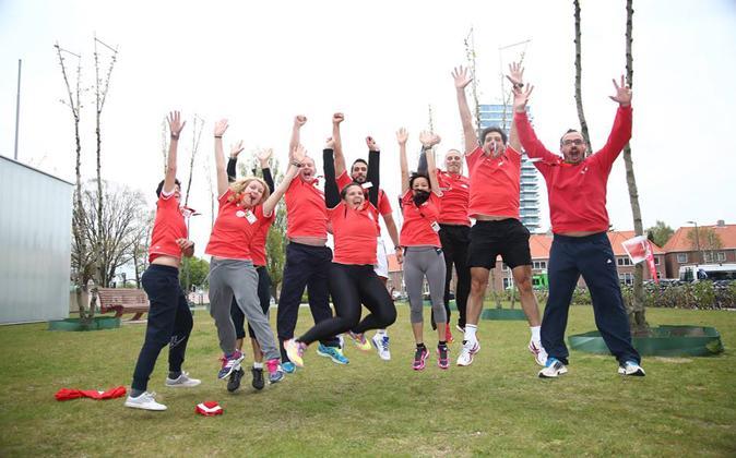 Más de 80 empleados de Adecco correrán el triatlón de Palma de...