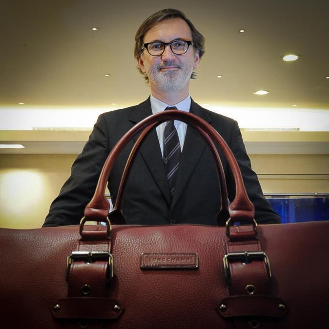 JEAN CASSEGRAIN Director general de la firma francesa Longchamp.