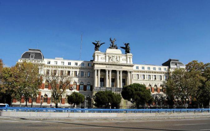 Fachada del Ministerio de Agricultura (Madrid).