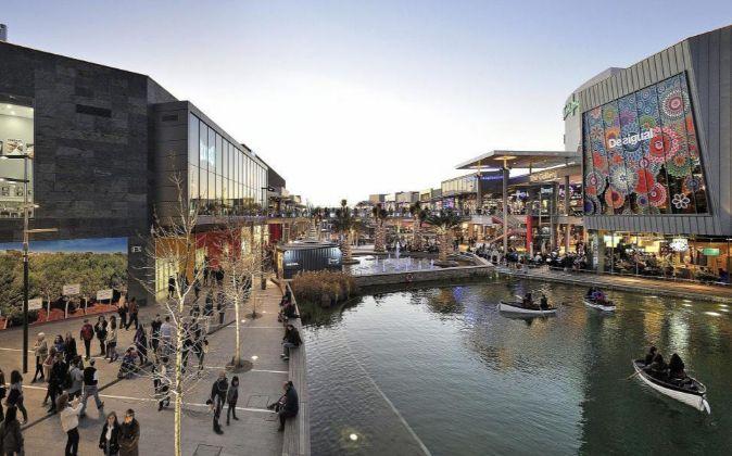 Centro comercial 'Puerto Venecia' (Zaragoza)