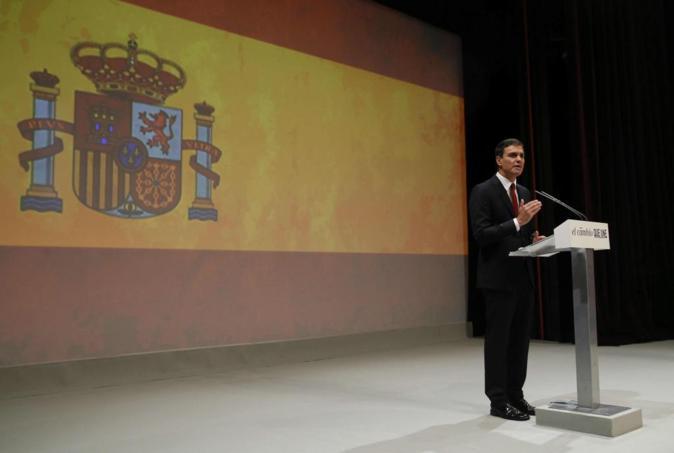 Pedro Sánchez en su presentación como candidato frente a una gran...