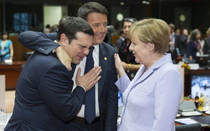 Alexis Tsipras, Matteo Renzi y Angela Merkel.