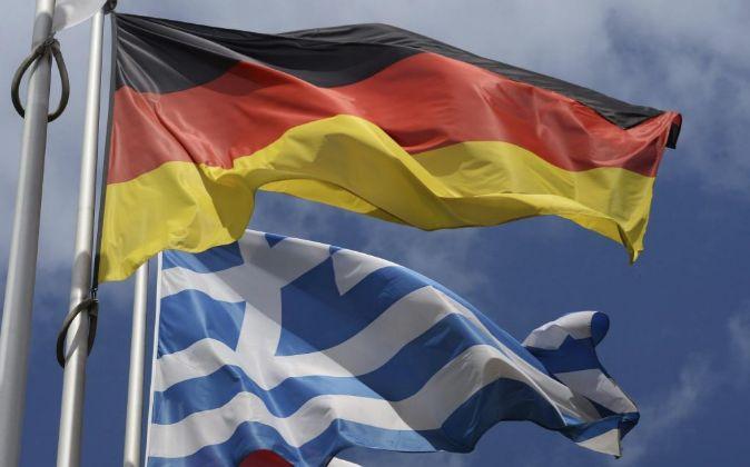 Las banderas de Grecia y Alemania