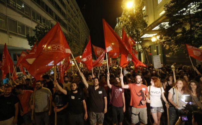 """Partidarios del """"no"""" celebran la victoria en el referéndum"""