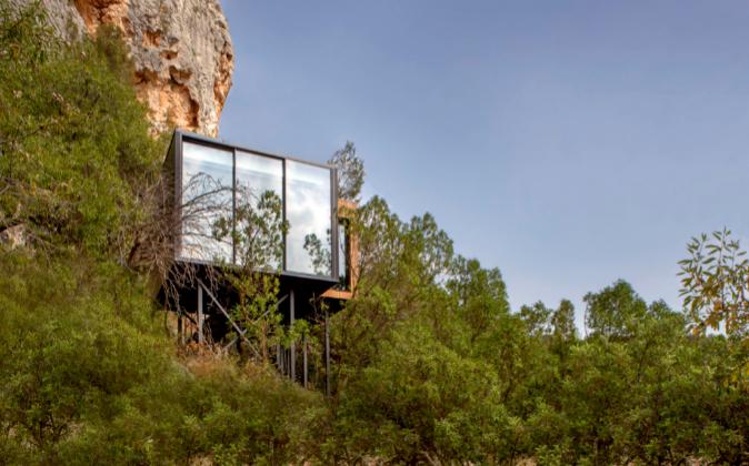 Vistas de las suites integradas en medio de la naturaleza