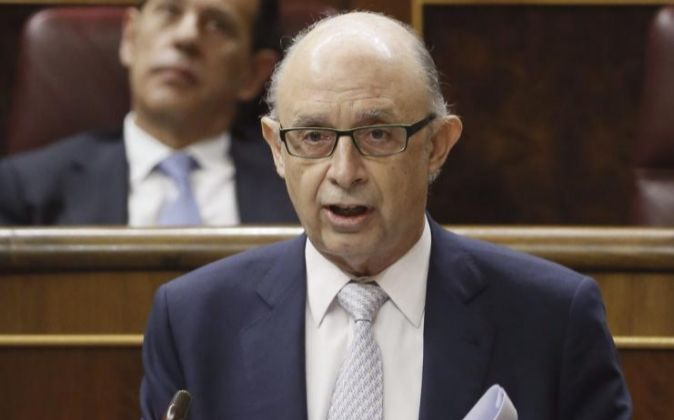 El ministro de Hacienda y Administraciones Públicas, Cristobal...