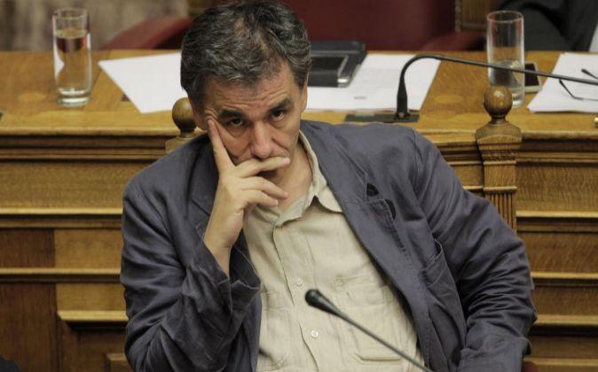 El ministro de Finanzas griego, Euclides Tsakalotos, anoche.
