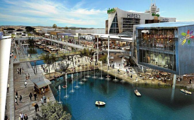 El centro comercial Puerto Venecia está en Zaragoza.