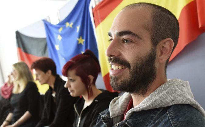 Jóvenes españoles emigran a Alemania para estudiar y trabajar.