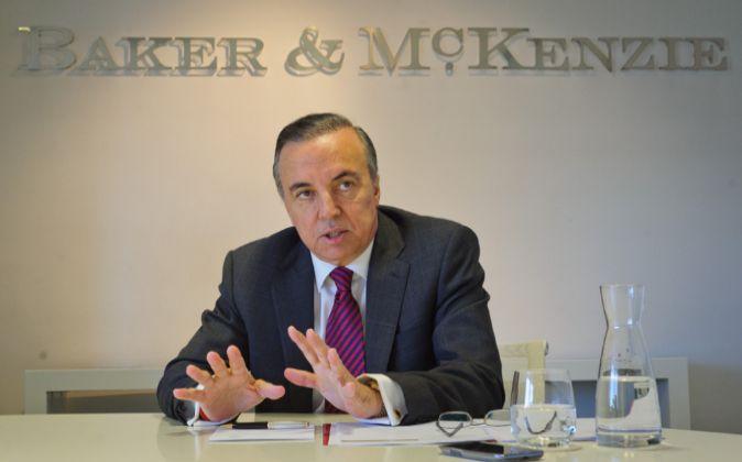 Eduardo Leite, presidente mundial de Baker & McKenzie