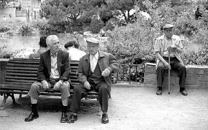 El número de pensiones en Extremadura se ha situado en agosto en...
