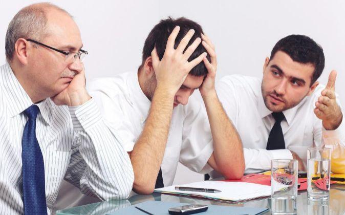 Se calcula que un 30% de los trabajadores sufre o va a sufrir un...