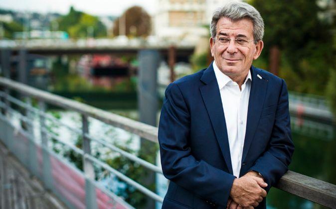 Michel Landel, consejero delegado de Sodexo, a orillas del Sena,...