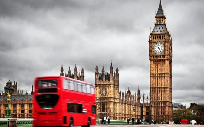 BIG BEN, PARLAMENTO BRITANICO EN LONDRES.
