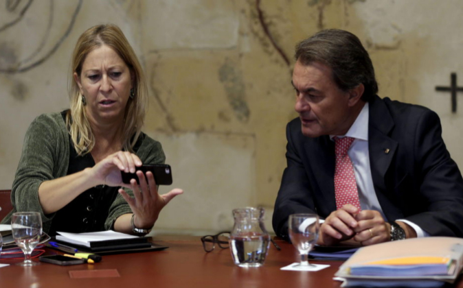 El presidente de la Generalitat, Artur Mas, y su vicepresidenta y...