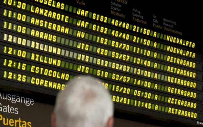 Paneles informativos del aeropuerto Adolfo Suárez Madrid-Barajas.