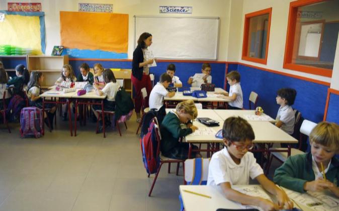 Varios niños en una de las clases del CEIP Josep Tarradellas de...