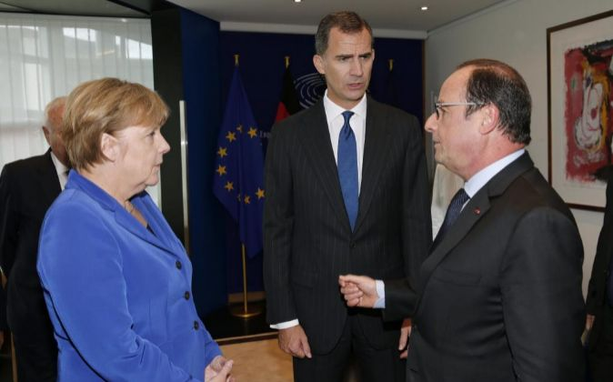 El Rey Felipe VI durante el encuentro que ha mantenido hoy con el...