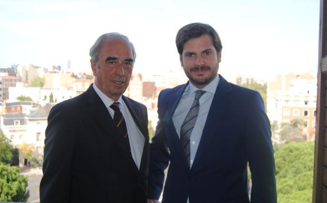 Juan Lladó, presidente de Gesconsult, y Alfonso de Gregorio, director...