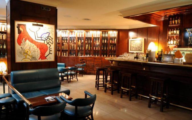Interior de Dry Martini.