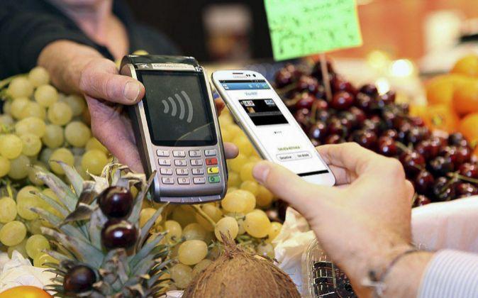 Tecnología NFC de Caixabank.