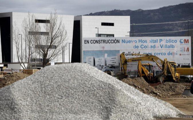 Obras de construcción del Hospital de Collado Villalba (Madrid).