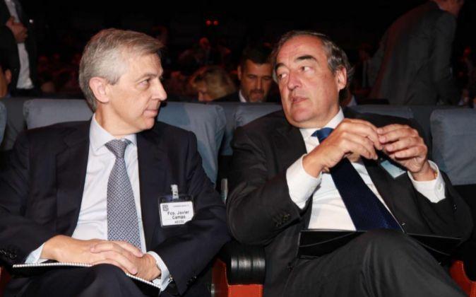 Javier Campo, presidente de Aecoc, y Juan Rosell, presidente de CEOE,...