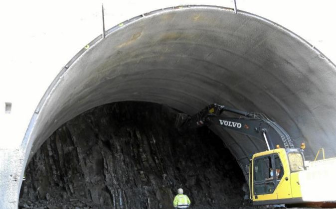 Obras de excavación del túnel de San Román en Bizkaia.