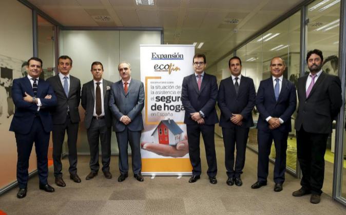 De izquierda a derecha, Eduardo Rodríguez, director Comercial y de...