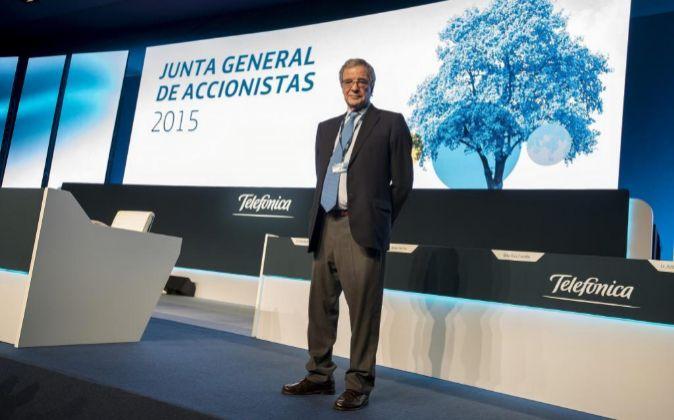 César Alierta, presidente de Telefónica, en la última junta de...