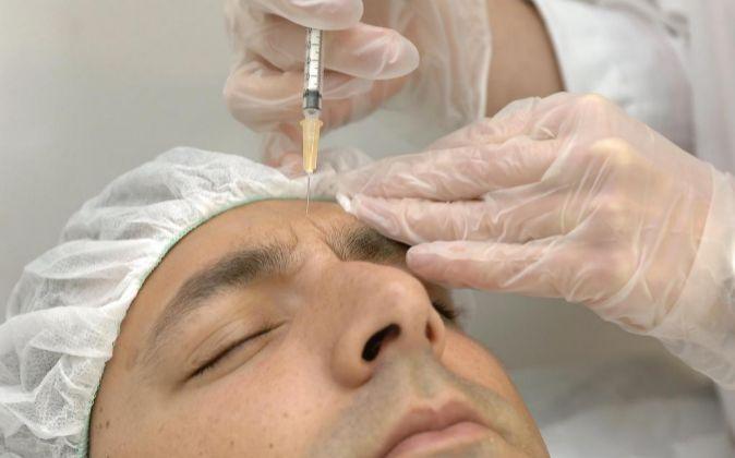 Allergan, fabricante del botox, será comprada por Pfizer
