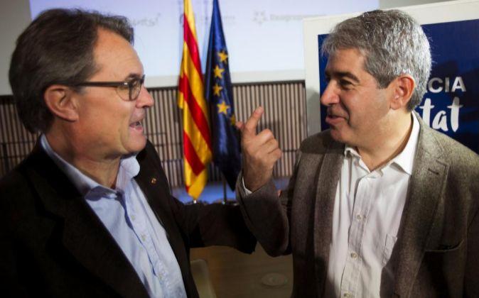 Artur Mas y el candidato de Democràcia i Llibertat, Francesc Homs...