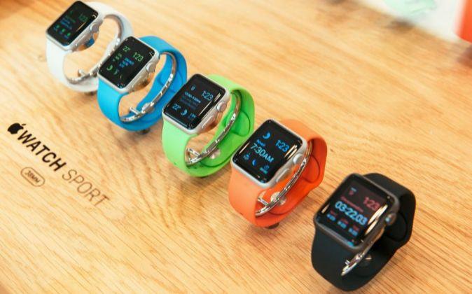 Varios modelos el Apple Watch.