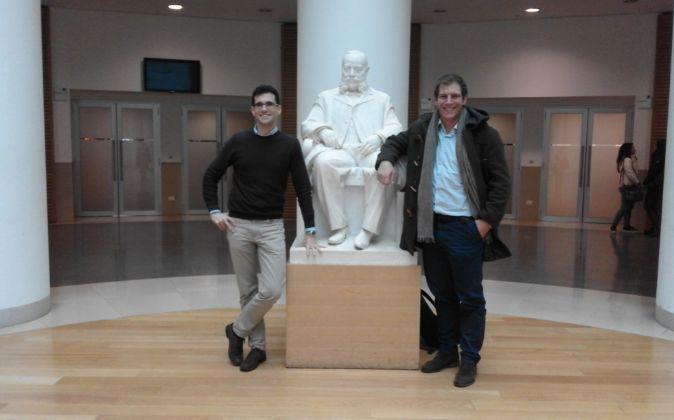 José Antonio Grima (izq.) y Pablo Rodríguez (dch.), estudiantes de...