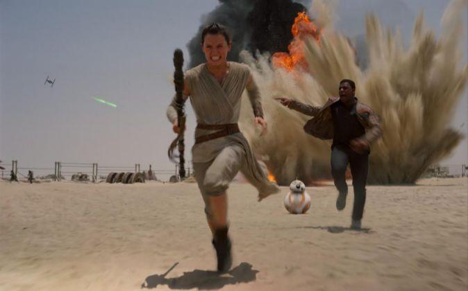 Fotograma de la película 'Star Wars VII: El despertar de la...