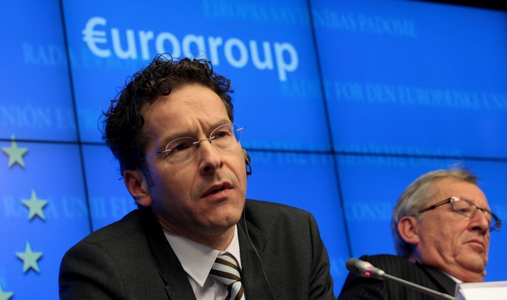 Jean-Claude Juncker (d), ahora presidente de la Comisión Europea, y...