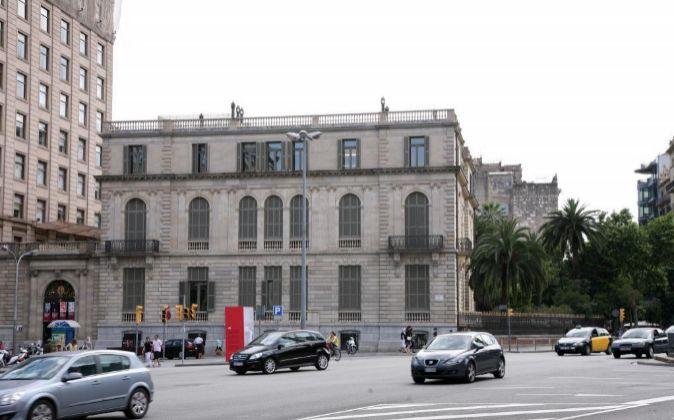 El Palau Robert está en la confluencia del Passeig de Gràcia con la...