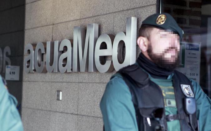 La Guardia Civil registró ayer la sede de la empresa Aguas de las...