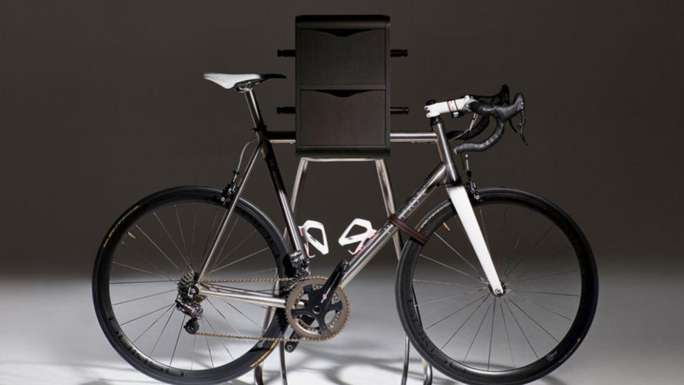 Bike Butler+ es una solución decorativa que sirve de soporte para la...