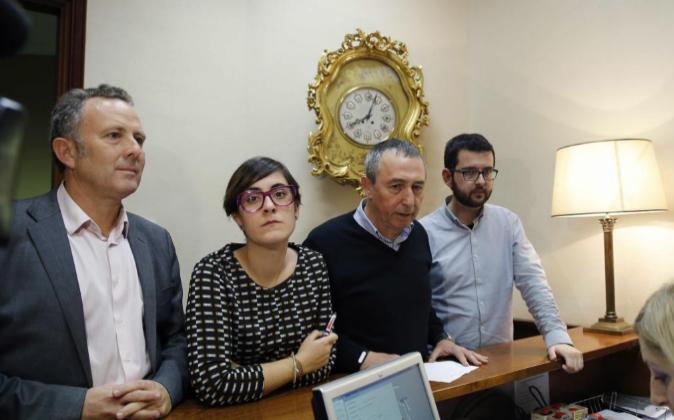 Los cuatro diputados de Compromís que concurrieron en la candidatura...