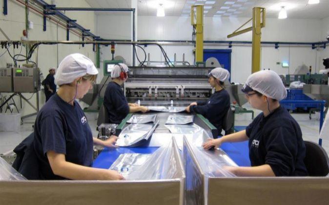 Las ventas industriales cayeron un 10,4 % en noviembre en Canarias