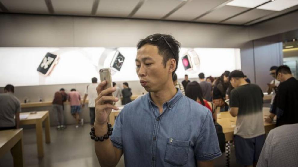 Los modelos iPhone 6s y 6s Plus han conquistado a los consumidores...