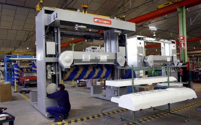 planta del fabricante de trenes y túneles de lavado de vehículos...